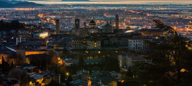 Bergamo_di_notte_001-659x297