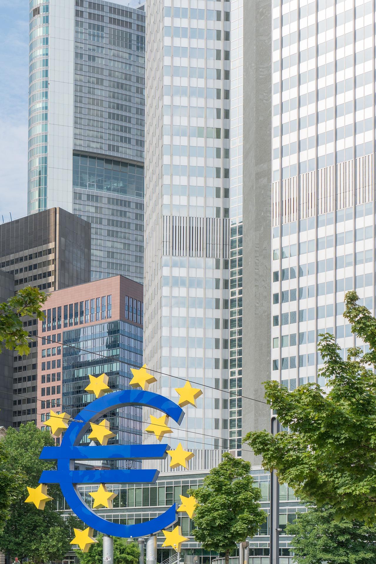 BCE: in Europa troppe banche. E quindi?